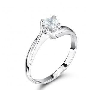 Solitaire Lab Grown Diamond Engagement Ring UK
