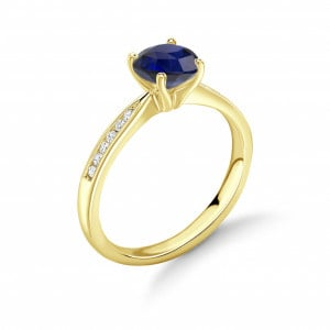 4 Claw Set Round Solitaire Sapphire Engagement Rings in UK