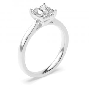 Classis Square Shape Princess Diamond Engagement Ring