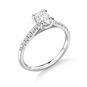 Classis Style Oval Shape Diamond Engagement Ring with Diamond on Shoulder