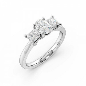 4 Prong Setting Oval Trilogy Diamond Rings White gold