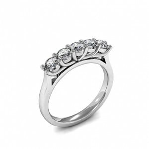Round Cut Five Diamond Ring In Platinum