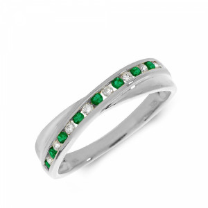 Channel Setting Cross Over Diamond and emerald ring