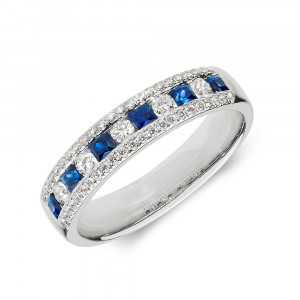 Cluster Diamond and sapphire rings