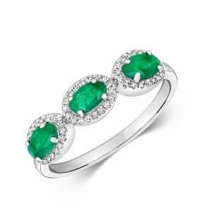 Gemstone Ring With 0.85mm Oval Shape Emerald and Diamonds